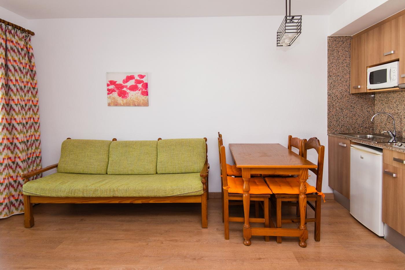 Quijote Apartments